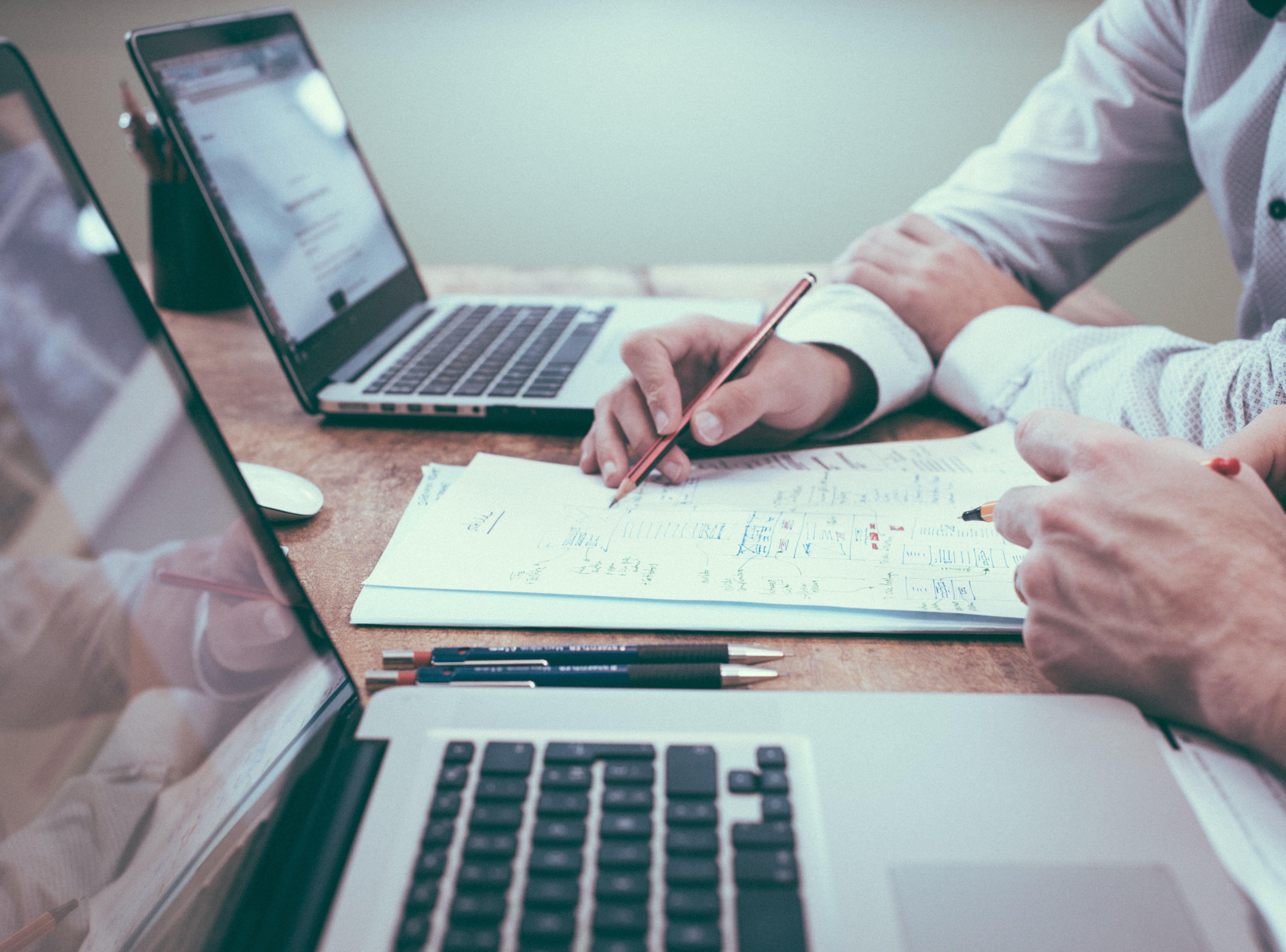 Почему важно поддерживать актуальность данных по акциям и остаткам