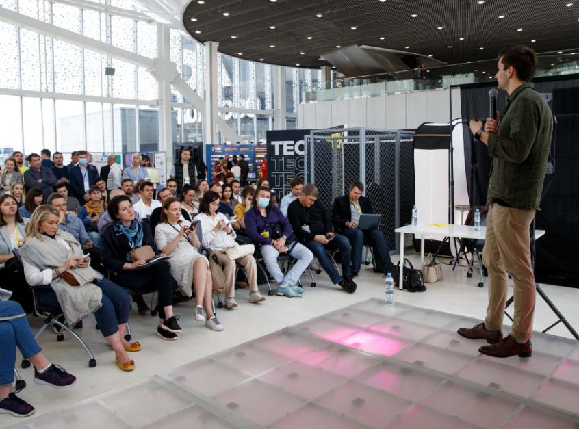 В Технопарке Сколково завершилась масштабная конференция и выставка Tech Week 2021